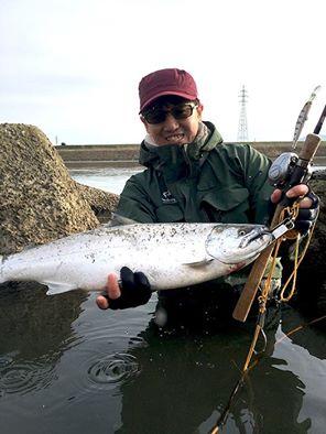 サクラマス釣りの「聖地」として知られる福井県の九頭竜川でユーザーが念願のサクラマスをキャッチ!