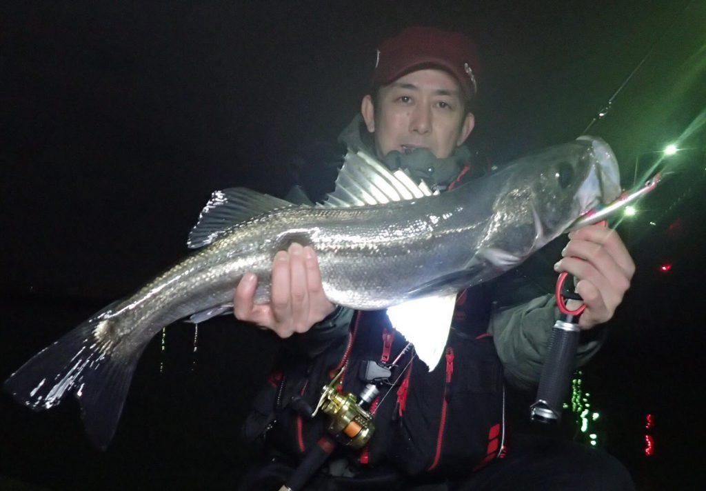 時にはセオリーを外した釣り方が、思わぬ釣果に繋がる