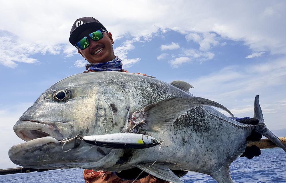 【4度目のソロモン諸島釣行!】魚の楽園でcomodo6.10XHと共に遊ぶ!