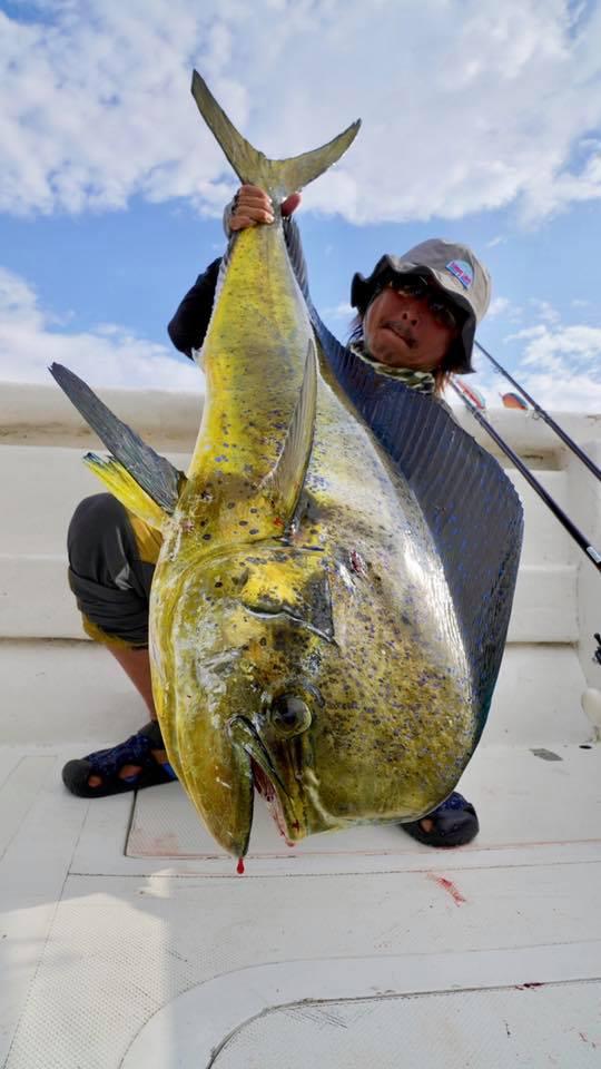 コロンビア遠征は7日間毎日、朝から晩までオフショアの釣り三昧。ロッド・パンプキン・ラインのテストがバッチリ出来ました!