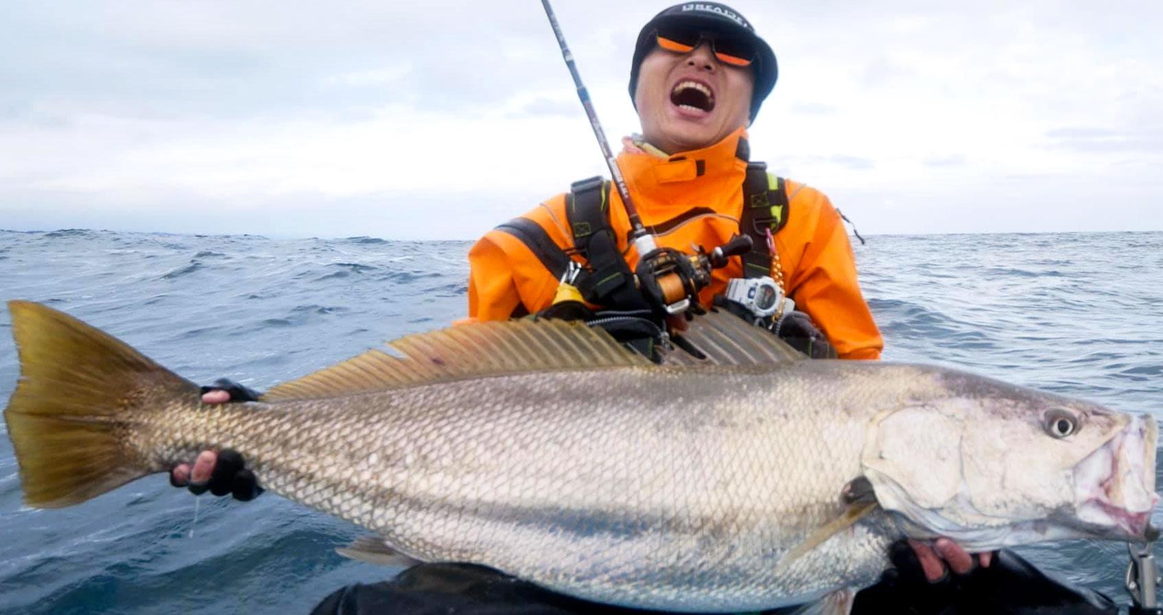 Fishman AUX久池井がオオニベ121cm 14.5kgをBeamsCRAWLA6.6L+でキャッチ!!