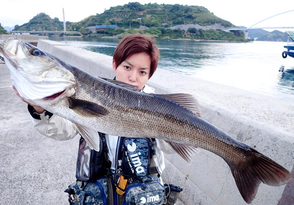 釣った魚以外食べませんルール!醤油とワサビを持ちとびしまへ!